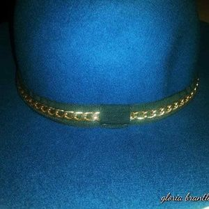 Fedora Wool Floppy Hat in Green w/ Gold Chain Band